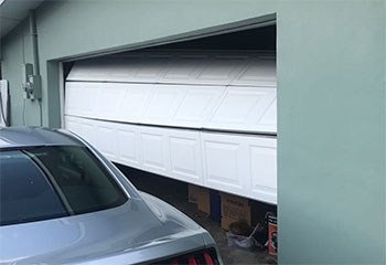 Garage Door Off Track | Garage Door Repair Weston, CT